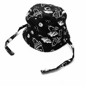 Reversible Chin Tie Bucket Hat